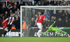 Listless Manchester United slump to defeat at Newcastle