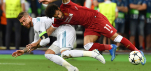 Liverpool's Elliott snubbed Ramos meeting because of Salah incident