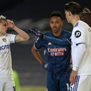 Arsenal, Leeds condemn online racist abuse aimed at Pepe, Alioski